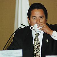 Toluca, Mex.- En reunión de consejo nombran a nuevos funcionarios del Instituto Electoral del Estado de México,  Armando López Salinas, como Secretario General.  <br /> <br /> Agencia MVT / José Hernández. (DIGITAL)<br /> <br /> <br /> <br /> NO ARCHIVAR - NO ARCHIVE