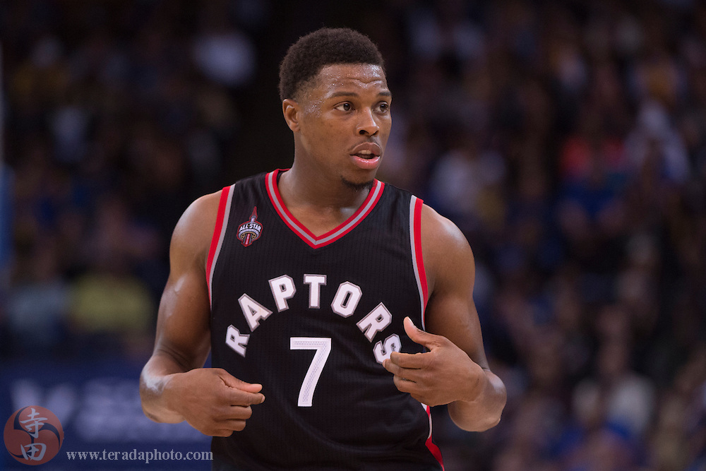 November 17, 2015; Oakland, CA, USA; Toronto Raptors guard Kyle Lowry (7) during the fourth quarter against the Golden State Warriors at Oracle Arena. The Warriors defeated the Raptors 115-110.