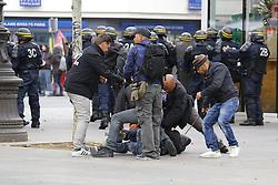 September 15, 2016 - Paris - arrestation pertubateur (Credit Image: © Panoramic via ZUMA Press)