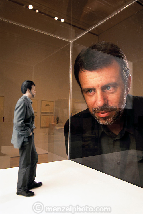 John S. Weber looking at a model of himself by German artist Karin Sander. Museum Of Modern Art (MOMA) San Francisco, California. USA. MODEL RELEASED.