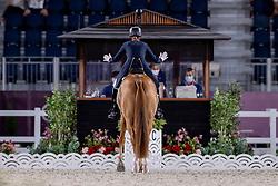 Dujardin Charlotte, GBR, Gio, 133<br /> Olympic Games Tokyo 2021<br /> © Hippo Foto - Dirk Caremans<br /> 25/07/2021