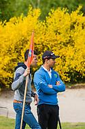 17-05-2015 NGF Competitie 2015, Hoofdklasse Heren - Dames Standaard - Finale, Golfsocieteit De Lage Vuursche, Den Dolder, Nederland. 17 mei. Heren Noordwijkse: Max Albertus met zijn broer Job tijdens de singles.
