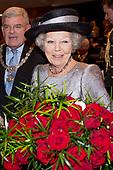 Prinses Beatrix bij symposium In Vrijheid Verbonden