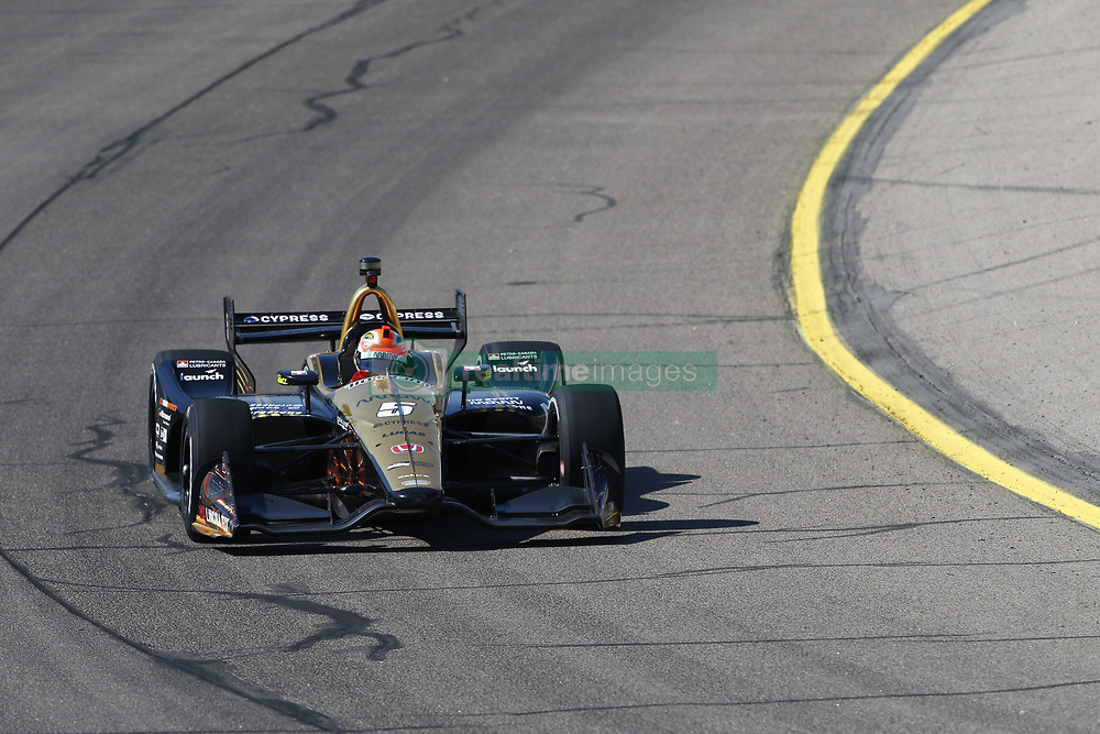 July 7, 2018 - Newton, Iowa, United States of America - JAMES HINCHCLIFFE (5) of Canada takes to the track to practice for the Iowa Corn 300 at Iowa Speedway in Newton, Iowa. (Credit Image: © Justin R. Noe Asp Inc/ASP via ZUMA Wire)