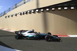 November 24, 2017 - Abu Dhabi, United Arab Emirates - Motorsports: FIA Formula One World Championship 2017, Grand Prix of Abu Dhabi, .#44 Lewis Hamilton (GBR, Mercedes AMG Petronas F1 Team) (Credit Image: © Hoch Zwei via ZUMA Wire)