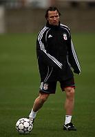 Photo: Paul Thomas.<br />Liverpool training session. UEFA Champions League. 05/03/2007.<br /><br />Boudewijn Zenden of Liverpool.
