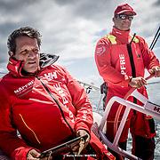 © María Muiña I MAPFRE: Joan Vila y Pablo Arrarte entrenando a bordo del MAPFRE. Joan Vila and Pablo Arrarte training on board MAPFRE.