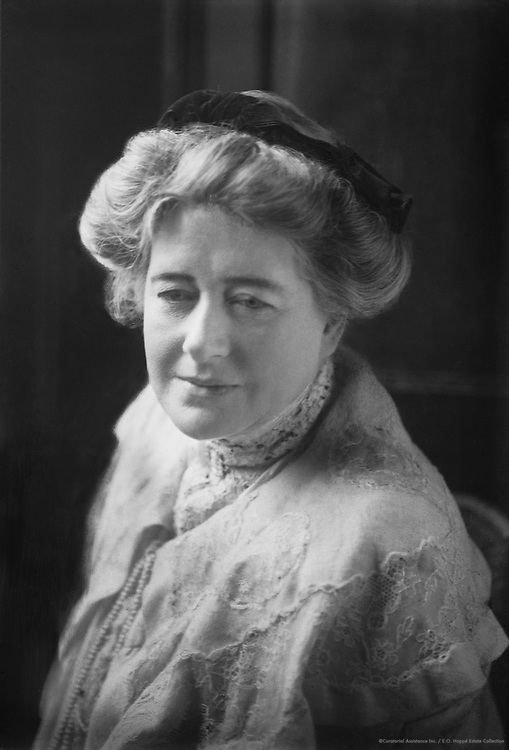 Dame Ellen Terry, actress, Britain, 1912
