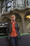 Eddie Irvine in front of the Casa Batllo. Jaguar party. Casa Batllo, Barcelona. 27 April 2001. © Copyright Photograph by Dafydd Jones 66 Stockwell Park Rd. London SW9 0DA Tel 020 7733 0108 www.dafjones.com