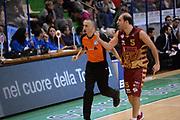 DESCRIZIONE : Siena Lega A 2013-14 Montepaschi Siena Umana Venezia<br /> GIOCATORE : giachetti jacopo<br /> CATEGORIA : delusione<br /> SQUADRA : Umana Venezia<br /> EVENTO : Campionato Lega A 2013-2014<br /> GARA : Montepaschi Siena Umana Venezia<br /> DATA : 11/11/2013<br /> SPORT : Pallacanestro <br /> AUTORE : Agenzia Ciamillo-Castoria/GiulioCiamillo<br /> Galleria : Lega Basket A 2013-2014  <br /> Fotonotizia : Siena Lega A 2013-14 Montepaschi Siena Umana Venezia<br /> Predefinita :