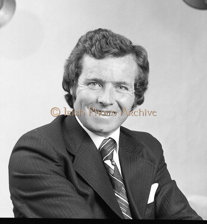 Fergal Quinn.     (J66)..1975..22.07.1975..07.22.1975..22nd July 1975..One of a series of portrait (Head and shoulders) images of the entrepreneur and buiness man Mr Fergal Quinn. Mr Quinn is the owner of the Superquinn Chain of supermarkets