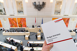 21.03.2018, Hofburg, Wien, AUT, Parlament, Sitzung des Nationalrates mit Budgetrede des Finanzministers für das Doppelbudget 2018 und 2019, im Bild Feature Unterlagen Budget 2018/2019 // during meeting of the National Council of austria with the presentation of the Austrian government budget for 2018 and 2019 at Hofburg palace in Vienna, Austria on 2018/03/21, EXPA Pictures © 2018, PhotoCredit: EXPA/ Michael Gruber