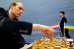 17-01-2011 SCHAKEN: TATA STEEL CHESS TOURNAMENT: WIJK AAN ZEE Jan Smeets NED<br /> ©2010-WWW.FOTOHOOGENDOORN.NL