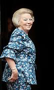 Prinses Beatrix is aanwezig bij de opening van de tentoonstelling Het Paleis en de Dam, 400 jaar hart van de Amsterdam grachten<br /> <br /> Princess Beatrix attended the opening of the exhibition Palace and Dam Square, 400 years heart of the Amsterdam canals
