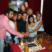 1e Repetitiedag Copacabana Amsterdam, cast, aansnijden taart