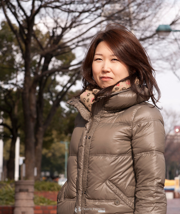 A young Japanese lady in Sakae, the trendy shopping district of Nagoya city.