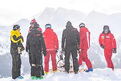 12.02.2020, Zwölferkogel, Hinterglemm, AUT, FIS Weltcup Ski Alpin, Abfahrt, Herren, 1. Training, im Bild Rennläufer und Serviceleute am Start // Racers and servicemen on Start in action during his 1st training run for the men's Downhill of FIS Ski Alpine World Cup at the Zwölferkogel in Hinterglemm, Austria on 2020/02/12. EXPA Pictures © 2020, PhotoCredit: EXPA/ Johann Groder