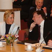 Intallatie nieuwe raadsleden gemeente Huizen, Jessica Prins en Erwin Ormel