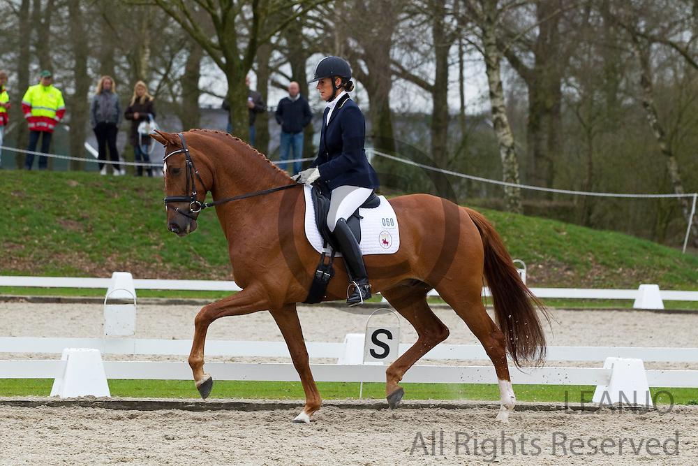 Gerdine Maree - TC Athene<br /> Wildcard dag WK Jonge Dressuurpaarden 2011<br /> © DigiShots