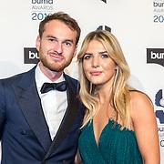 NLD/Hilversum/20190311  - Uitreiking Buma Awards 2019, Vincent van den Ende en partner Esmee Geeratz