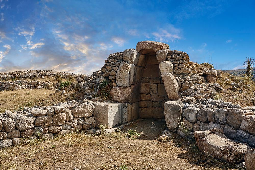 Ruins of a chamber, Hattusa (also Ḫattuša or Hattusas) late Anatolian Bronze Age capital of the Hittite Empire. Hittite archaeological site and ruins, Boğazkale, Turkey.