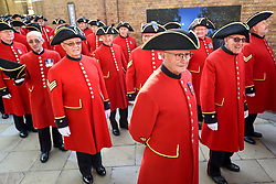 "© Licensed to London News Pictures. 01/09/2018. LONDON, UK.  Chelsea Pensioners and military representatives from London prepare to parade down the King's Road, in an event called ""London Remembers"", to remember the actions of the London regiments who served in WWI.  Photo credit: Stephen Chung/LNP"