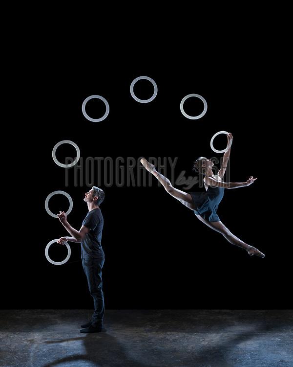 Kate Byrne & Owen Reynolds from Gandini Juggling 4x4 Ephemeral Architectures - campiagn image shoot at Dehavilland studios, London on March 29, 2015. Photo: Arnaud Stephenson