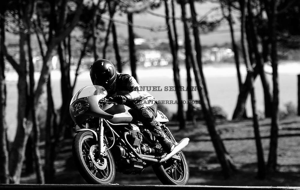 29-09-2013 Santander<br /> IV Gran Carrera Motos Clasicas en el Palacio de la Magdalena<br /> Jorge Luis Quiros Naves , con la moto Guzzi V-50 500<br /> Fotos: Juan Manuel Serrano Arce