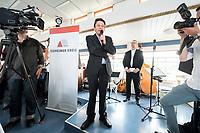 04 JUN 2019, BERLIN/GERMANY:<br /> Rolf Muetzenich (L), SPD, kom. Fraktionsvorsitzender der SPD-Bundestagsfraktion, und Johannes Kahrs (R), MdB, SPD, Sprecher Seeheimer Kreis, vor Beginn der Spargelfahrt des Seeheimer Kreises der SPD, Anleger Wannsee<br /> IMAGE: 20190604-01-184<br /> KEYWORDS: Rolf Mützenich