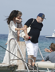 Please Hide The Child's Face Prior To The Publication - American producer Harvey Weinstein and his wife actress/designer Georgina Chapman with their daughter India Pearl leaving the Club 55 during their holiday in Saint-Tropez, French Riviera, southern France on July 7, 2014. Photo by ABACAPRESS.COM  | 456298_005 Saint Tropez France