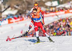 28.02.2019, Seefeld, AUT, FIS Weltmeisterschaften Ski Nordisch, Seefeld 2019, Nordische Kombination, Langlauf, im Bild v.l. Franz-Josef Rehrl (AUT), Jarl Magnus Riiber (NOR) // f.l.Franz-Josef Rehrl of Austria and Jarl Magnus Riiber of Norway during the Cross Country Competition of Nordic Combined for the FIS Nordic Ski World Championships 2019. Seefeld, Austria on 2019/02/28. EXPA Pictures © 2019, PhotoCredit: EXPA/ Stefan Adelsberger