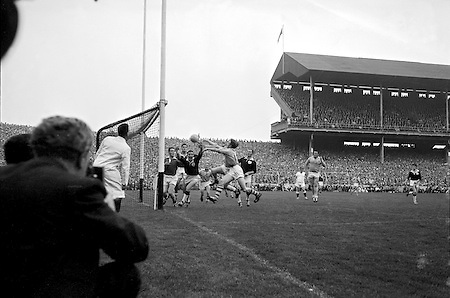 All Ireland Senior Football Final, 22nd September, 1963.Dublin V Galway.Only Goal of the Match.G. Davey (2nd from right) punches ball into net for Dublin goal. Galway Goalie M. Moore and other backs look on helplessly ..22.09.1963  22nd September 1963Dublin.1-9.Galway.0-10..P. Flynn, L. Hickey, L. Foley, W. Casey, D. McKane, P. Holden, M. Kissane, D. Foley (Captain), John Timmons, B. McDonald, Mickie Whelan, G. Davey, S. Behan, D. Ferguson, N. Fox..Sub: P. Downey for P. Holden..D. Foley (Captain).