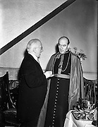 "21/12/1952<br /> 12/21/1952<br /> 21 December 1952<br /> President Sean T. O'Kelly and Archbishop Dr. John McQuaid at the Capitol Theatre Dublin for Our Lady's Choral Society and the Radio Eireann Symphony Orchestra's production of Handel's ""Messiah""."