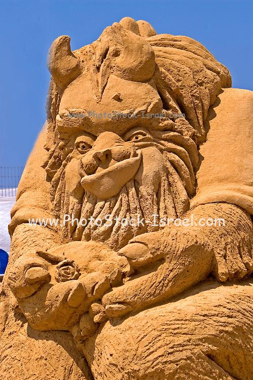 A beast, Sand sculpture festival on the Haifa beach, July 2006