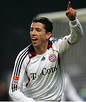 Fotball , 16. desember w2006 , Mainz 05 - Bayern München<br /> Jubel Roy Makaay Bayern nach 0:2<br /> Bundesliga FSV Mainz 05 - FC Bayern Muenchen<br /> <br /> Norway only