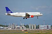 OY-KAN SAS - Scandinavian Airlines, Airbus A320-200 at at Malpensa (MXP / LIMC), Milan, Italy