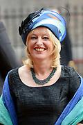 Prinsjesdag 2013 - Aankomst Parlementariërs bij de Ridderzaal op het Binnenhof.<br /> <br /> Op de foto: Jet Bussemaker - Minister van Onderwijs, Cultuur en Wetenschap