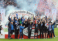 Football - Scottish Premier League - Kilmarnock vs. Rangers<br /> Walter Smith (Rangers manager) and his captain David Weir (Rangers) lift the trophy at Rugby Park