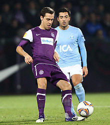 15.12.2011, Generali Arena, Wien, AUT, UEFA EL, Gruppe G, FK Austria Wien (AUT) vs Malmoe FF (SWE), im Bild Michael Liendl, (FK Austria Wien, #18) und Jiloan Hamad, (Malmoe FF, #10) // during the football match of UEFA Europa League, Group F, between FK Austria Wien (AUT) and Malmoe FF (SWE) at Generali Arena, Wien, Austria on 15/12/2011. EXPA Pictures © 2011, PhotoCredit: EXPA/ T. Haumer