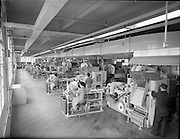 Interior of the Wills factory (machines)..27.03.1961