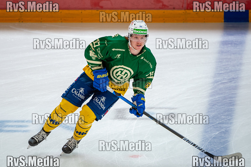 LAUSANNE, SWITZERLAND - SEPTEMBER 24: Chris Egli #96 of HC Davos warms up prior the Swiss National League game between Lausanne HC and HC Davos at Vaudoise Arena on September 24, 2021 in Lausanne, Switzerland. (Photo by Robert Hradil/RvS.Media)