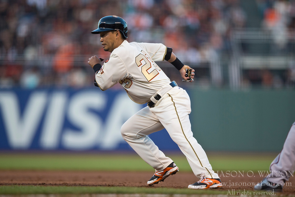 SAN FRANCISCO, CA - APRIL 18:  Nori Aoki #23 of the San Francisco Giants leads off first base against the Arizona Diamondbacks during the fourth inning at AT&T Park on April 18, 2015 in San Francisco, California.  The San Francisco Giants defeated the Arizona Diamondbacks 4-1. (Photo by Jason O. Watson/Getty Images) *** Local Caption *** Nori Aoki