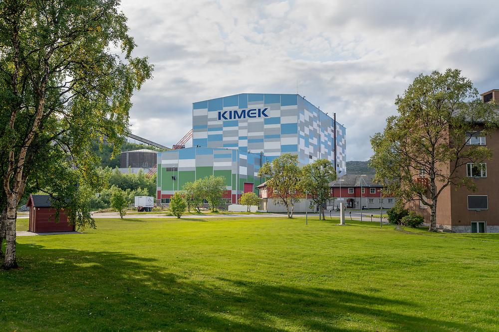 Kimeks skipshall i Kirkenes er 80 meter lang, 40 meter bred og rager nesten 34 meter høyt.