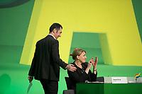 DEU, Deutschland, Germany, Dresden, 07.02.2014:<br />Europaparteitag von BÜNDNIS 90/DIE GRÜNEN, Messe Dresden. Die beiden Bundesvorsitzenden von BÜNDNIS 90/DIE GRÜNEN, Cem Özdemir (L) und Simone Peter (R).