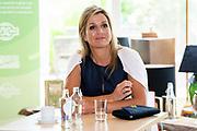 SCHAGEN , 2-7-2020 , Nieuwe Regentes<br /> <br /> Koningin Maxima tijdens een werkbezoek gebracht aan een locatie van geestelijke gezondheidszorginstelling Noord-Holland-Noord (GGZ NHN) in Schagen. Het bezoek stond in het teken van enkele specialisaties van GGZ NHN, namelijk het behandelen van mensen in hun eigen omgeving (ambulantisering), de inzet op herstel en eigen regie en het  verlenen van digitale zorg en preventie. <br /> <br /> Queen Maxima paid a working visit to a location of mental health care institution Noord-Holland-Noord (GGZ NHN) in Schagen. The visit was devoted to a number of specializations of GGZ NHN, namely treating people in their own environment (ambulantization), the focus on recovery and personal direction and the provision of digital care and prevention.