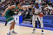 DESCRIZIONE : Eurocup 2014/15 Last32 Dinamo Banco di Sardegna Sassari -  Banvit Bandirma<br /> GIOCATORE : Rakim Sanders<br /> CATEGORIA : Palleggio<br /> SQUADRA : Dinamo Banco di Sardegna Sassari<br /> EVENTO : Eurocup 2014/2015<br /> GARA : Dinamo Banco di Sardegna Sassari - Banvit Bandirma<br /> DATA : 11/02/2015<br /> SPORT : Pallacanestro <br /> AUTORE : Agenzia Ciamillo-Castoria / Luigi Canu<br /> Galleria : Eurocup 2014/2015<br /> Fotonotizia : Eurocup 2014/15 Last32 Dinamo Banco di Sardegna Sassari -  Banvit Bandirma<br /> Predefinita :