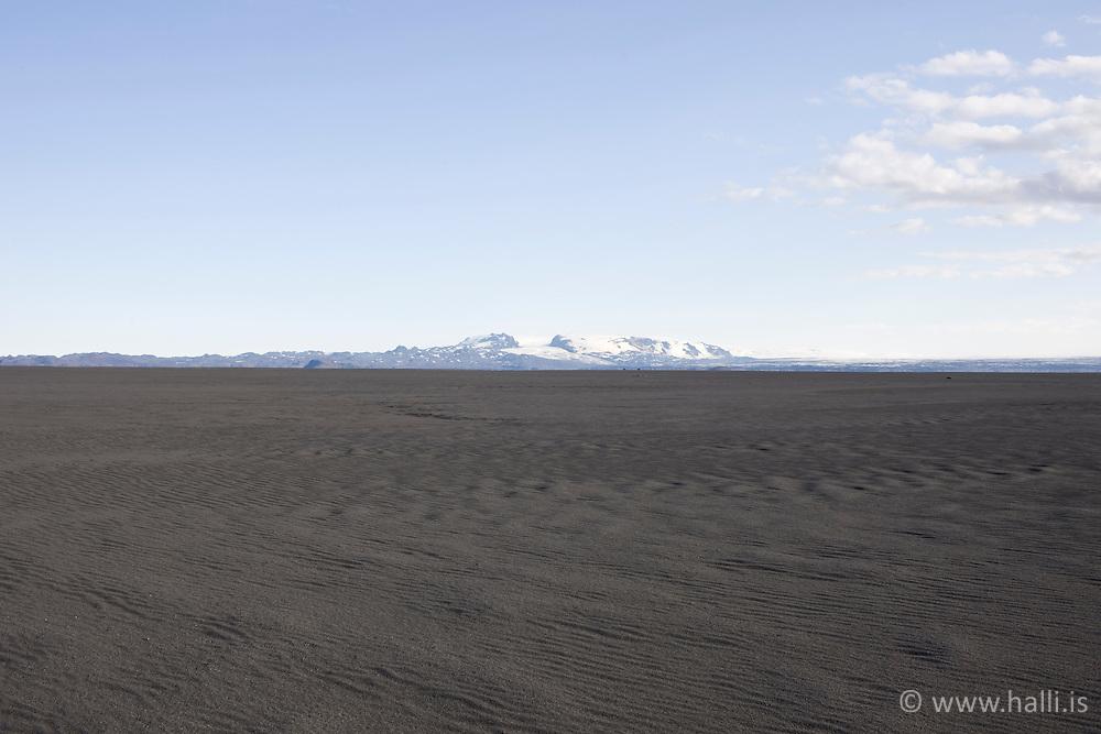 Sand duanes near Dyngjujokull Iceland F910 -Sandur á hálendi Íslands, skammt undan Öskjuvatni, Vaðalda