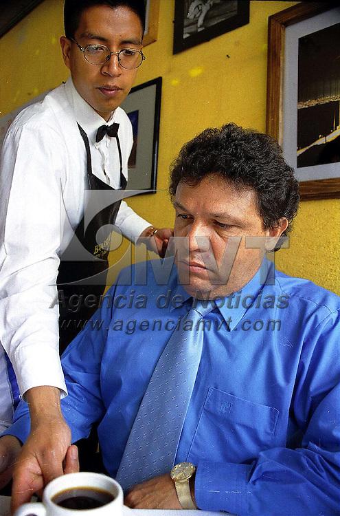 Toluca, Méx.- Carlos Bojorquez Hernandez abogado de Mario VIllanueva Madrid, ex gobernador de Quintana Roo a quien se le sigue proceso por narcotrafico. Agencia MVT/ Mario Vázquez de la Torre.