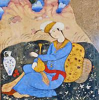 Iran, province d'Ispahan, Ispahan, Palais de Chehel Sotun, peinture murale, jeune homme persan servant du vin // Iran, Isfahan, Chehel Sotun palace, The Great hall or Throne hall painting, Persian man pourring wine