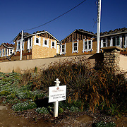 LOS ANGELES, CA, September 26, 2007: The housing market across the nation shows continued signs of weakness as more homes, including foreclosures, are for sale in Los Angeles on September 26, 2007. New homes continue to be built. These were listed beginning in the low $1.2 million. (Photo by Todd Bigelow/Aurora)